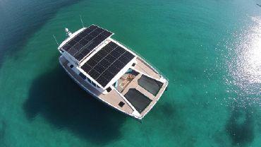 thumbnail photo 0: 2016 Silent Yachts Solar Wave 64