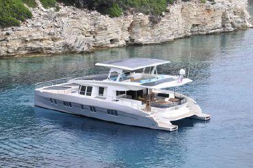 thumbnail photo 2: 2016 Silent Yachts Solar Wave 64