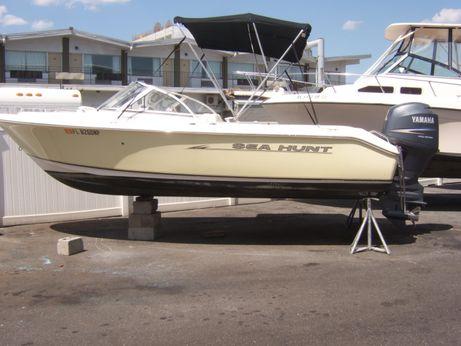 2007 Sea Hunt 200 ESCAPE
