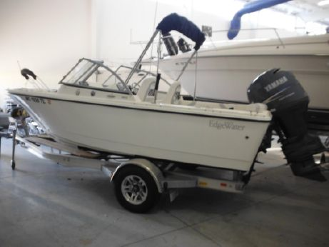 2011 Edgewater 188 Dual Console