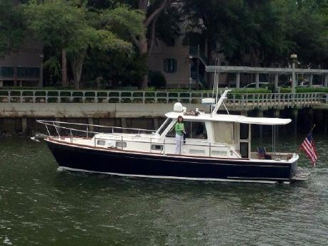 2002 Grand Banks Eastbay 38
