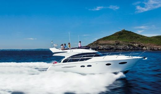 2015 Princess Flybridge 43 Motor Yacht
