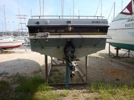 1988 Baja Boat baja 235 force