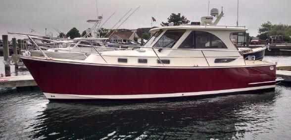 2009Legacy Yachts 32