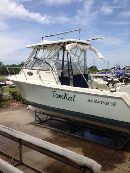 2008 Sailfish 2660 WAC