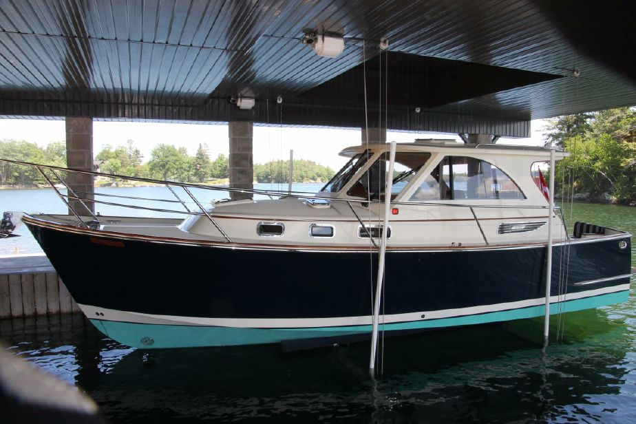 2009Legacy Yachts Legacy 32