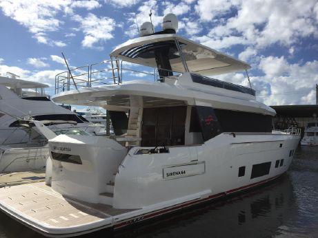2018 Sirena 64 Flybridge