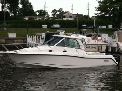 2011 Boston Whaler 345 Conquest