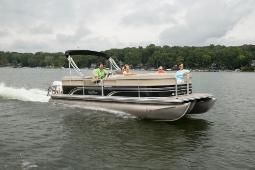 2015 Sunchaser 24' Classic Lounge Tritoon 200hp