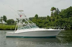 1998 Viking 43 Flybridge Sport Cruiser
