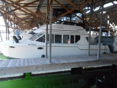 1997 Carver Yachts Voyager