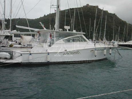 1998 Viking Yachts 43' Open