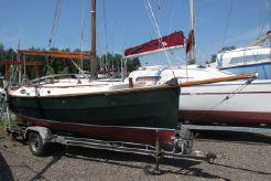 2002 Cape Cutter 19