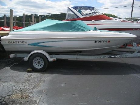 1995 Glastron 175SE