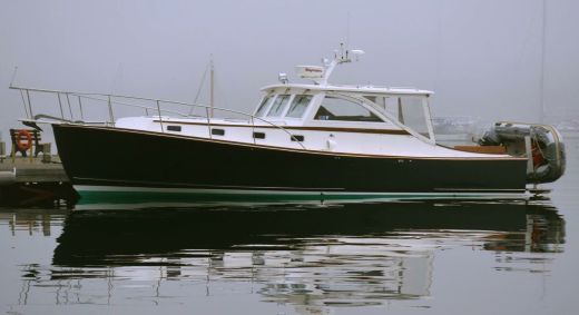 2002 Ellis 36 Express Cruiser