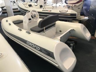 2019 Grand Inflatables Silverline S300HL