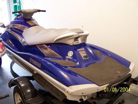 2005 Yamaha Waverunner VX 110 Deluxe w/Trailer