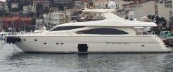 2010 Ferretti Yachts 830