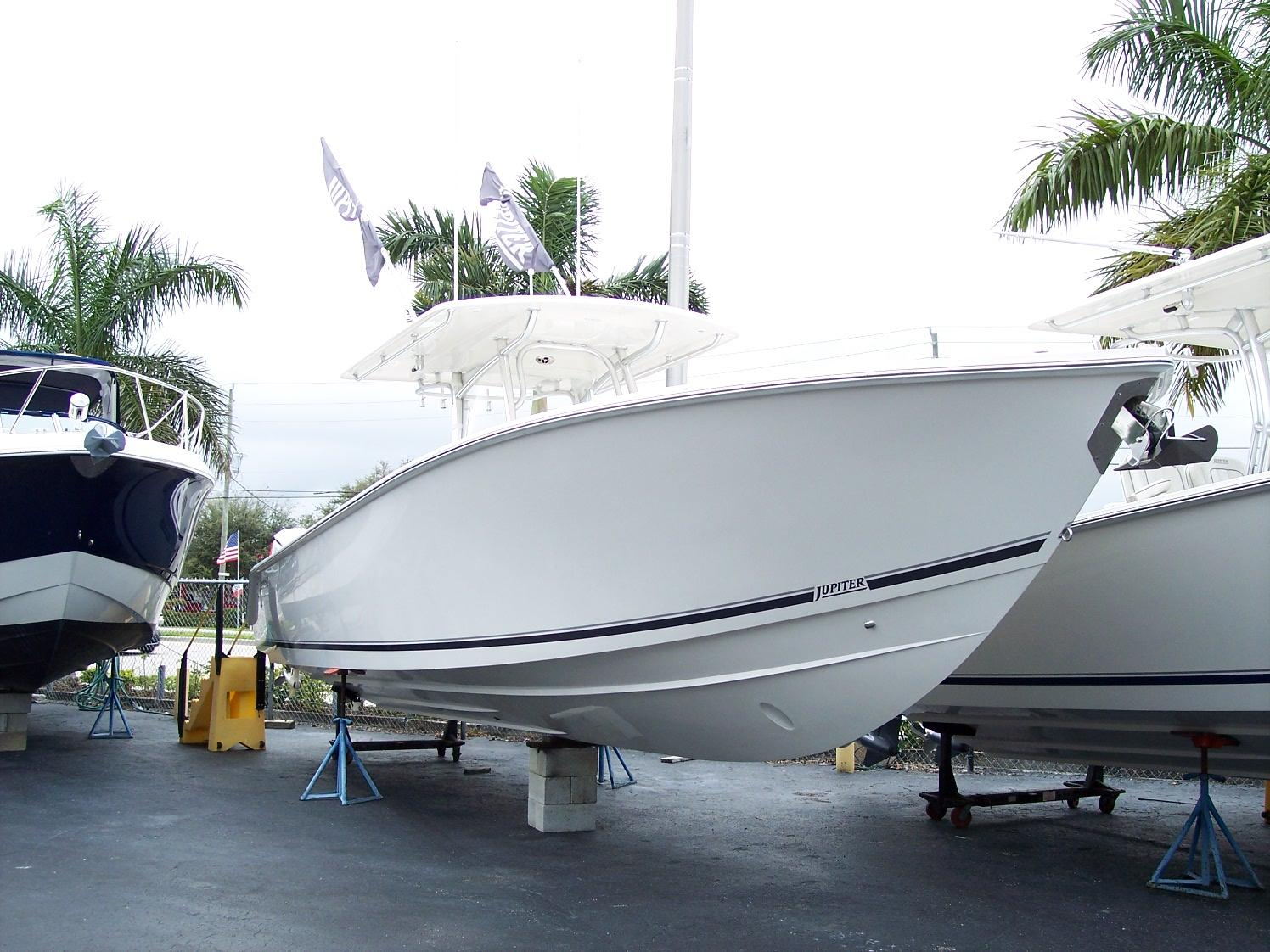 2018 Jupiter 38 FS Hybrid Power Boat For Sale