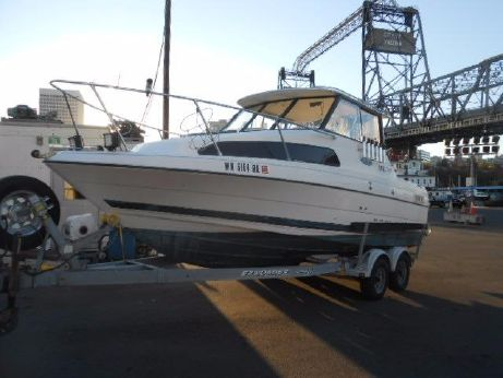 2001 Bayliner 2252 Classic Hardtop