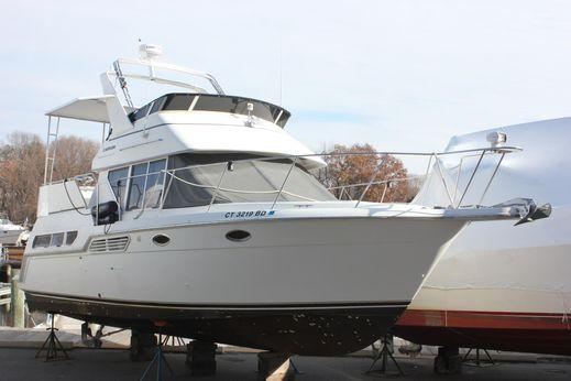 1997 Carver 325 Aft Cabin Motor Yacht