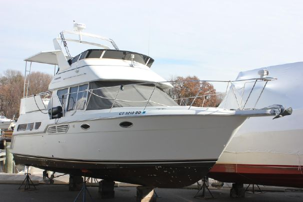 1997 Carver 325 Aft Cabin Motor Yacht Power Boat For Sale