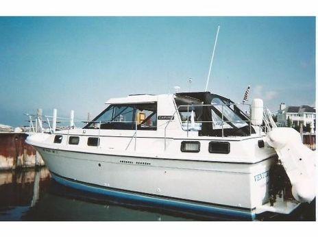 1984 Carver Riviera