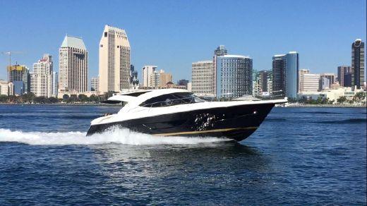 2012 Riviera 4400 Sport Yacht