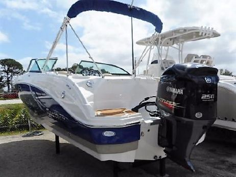 2018 Nauticstar 243 DC Sport Deck Boat
