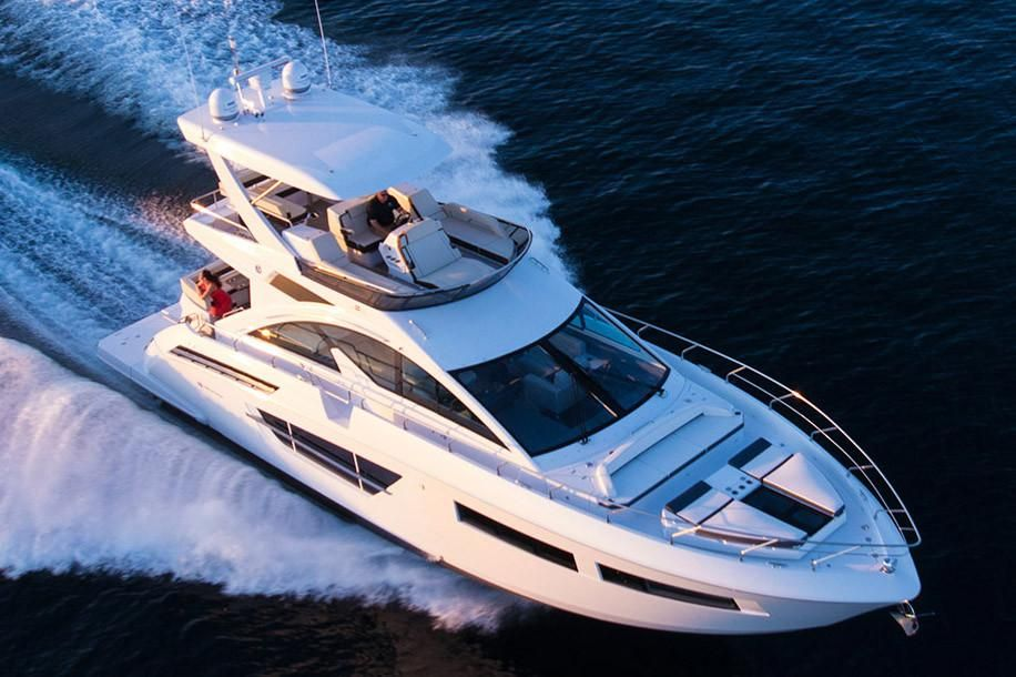 2020 Cruisers Yachts 60 Fly Power Boat For Sale Www Yachtworld Com