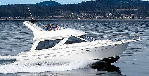 1997 Bayliner 3988 Cockpit Motor Yacht
