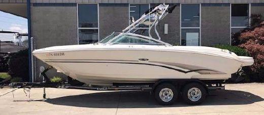 2002 Sea Ray 220 Select