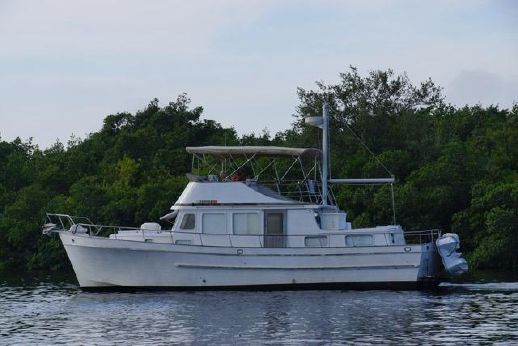1980 Marine Trader 44 Double Cabin