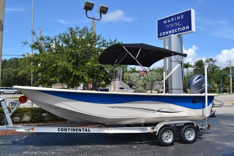 modische Muster auf Füßen Bilder von Leistungssportbekleidung 2019 Carolina Skiff 218 DLV Power Boat For Sale - www ...