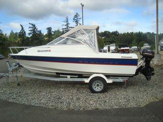 2004 Bayliner 192 Cuddy
