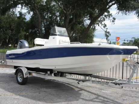 2017 Nauticstar 211 Coastal