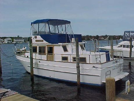 1994 Marine Trader 38 Double Cabin