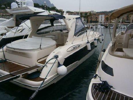 2011 Mano Marine 38.50