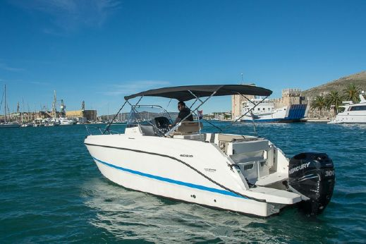2015 Quicksilver 805 open