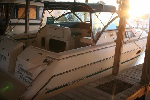 1990 Slickcraft 310 SC by Tiara