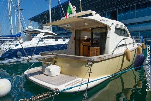 2010 Portofino Marine 37 Hard Top