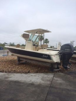 2015 Scout Boats 251XS