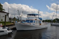 1978 Marine Trader 44 Double Cabin