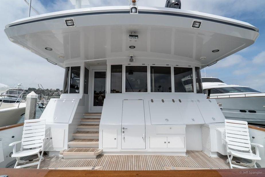 1994 Crescent 115 Tri-Deck Cockpit Westport Power Boat For