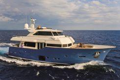 2011 Ferretti Yachts 23