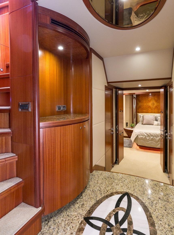 2010 Ocean Alexander 88 Luxury Yacht Hallway