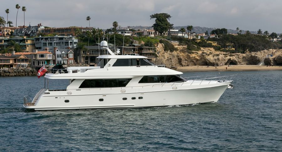 2010 Ocean Alexander 88 Luxury Yacht for sale in Newport Beach