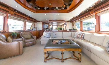 thumbnail photo 1: 2010 Ocean Alexander 88 Motoryacht