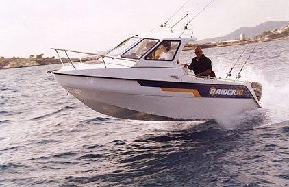 2006 Raider 18 Fisherman