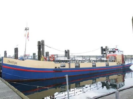 1915 Barge Passenger
